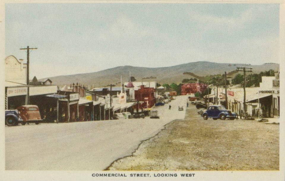 Korumburra Commercial St, historic
